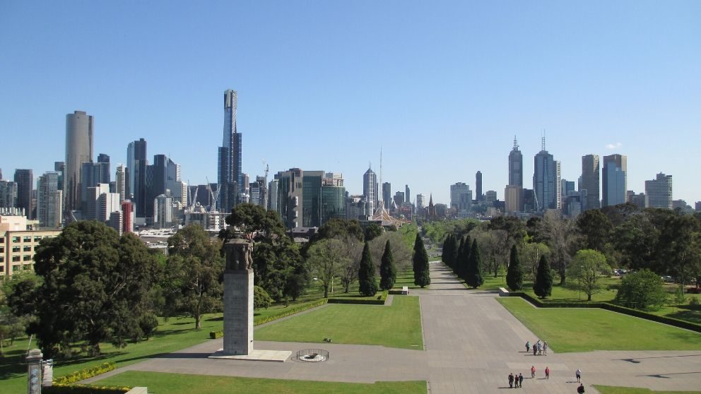 Skyline de Melbourne visto a partir do Shrine of Remembrance
